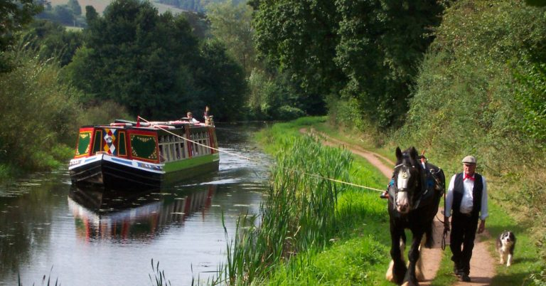 horseboat-pic-from-tiverton-canal-co